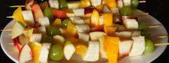 Fruits brochettes