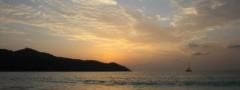 Boat at sunset free js image slider